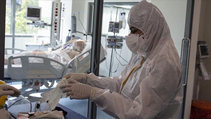 Dev sağlık merkezi Kovid-19'da lokomotif oldu