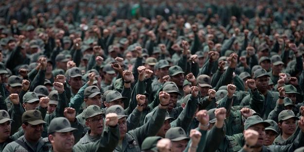 Devlet Başkanından orduya 'sokağa çıkın' emri!