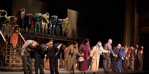 Devlet Tiyatrolarında bir ilk! Perde Necip Fazıl'ın Reis Bey'i ile açıldı