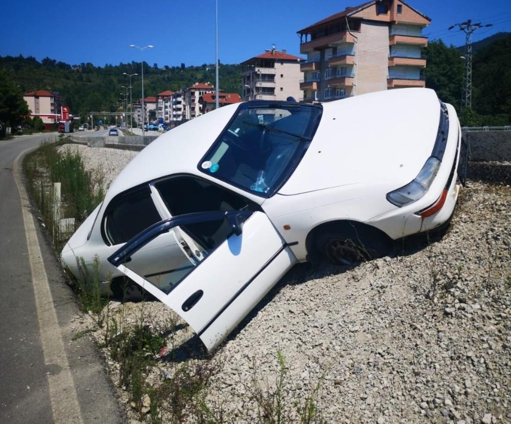 Devrek'te trafik kazası: 5 kişi hafif yaralandı