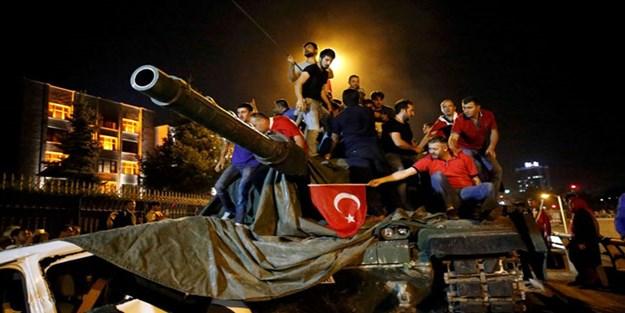 Dikkat çeken ifadeler! 'Onlara para verdiler! Türkiye'de darbe yapmayı deneyecekler'