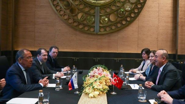 Dışişleri Bakanı Mevlüt Çavuşoğlu, Rus mevkidaşı ile görüştü