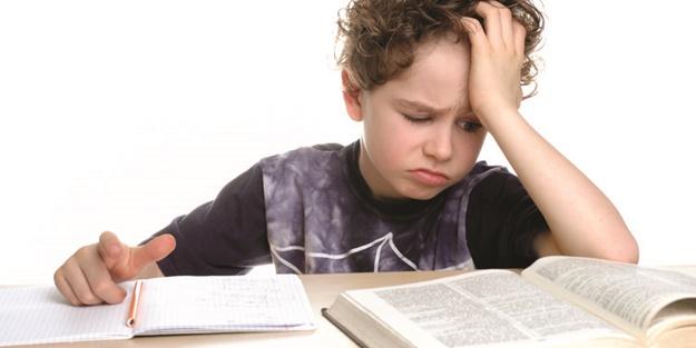 Disleksi nedir? Disleksi belirtileri nelerdir? Disleksi nasıl anlaşılır?
