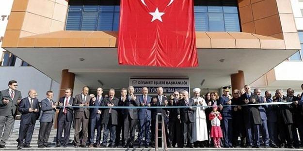 Diyanet 'Dini Yüksek İhtisas Merkezleri' açıyor