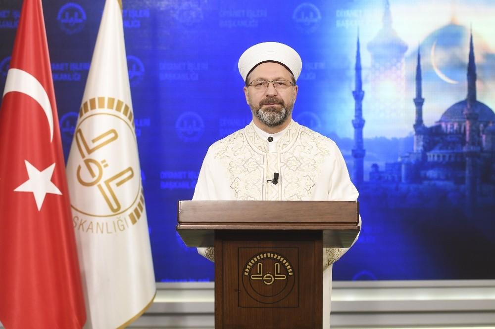 Diyanet İşleri Başkanı Erbaş'tan 'Berat Gecesi' mesajı