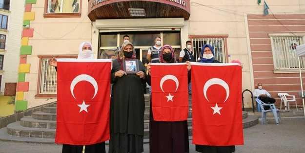 Diyarbakır anneleri evlatlarına böyle seslendi