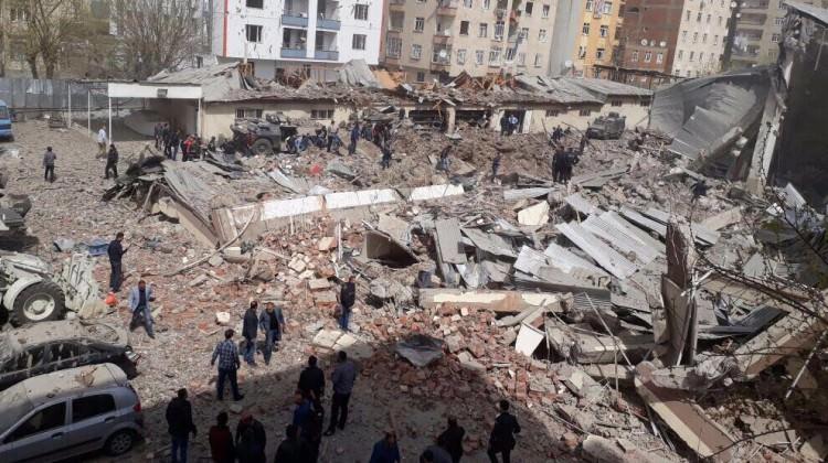 Diyarbakır saldırısının altından terör örgütü PKK tüneli çıktı!