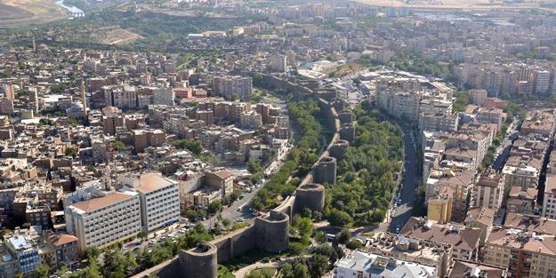 Diyarbakır Valisi Münir Karaloğlu: 2021'in Diyarbakır yılı olmasını istiyoruz