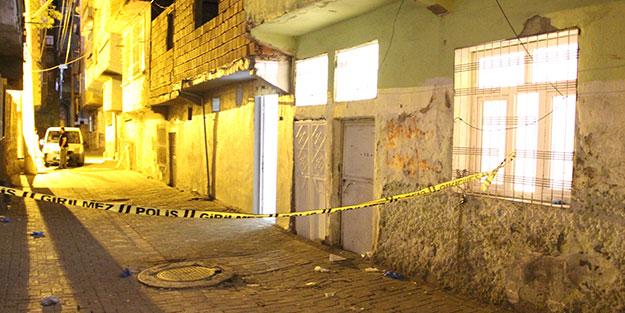 Diyarbakır'da silahlı saldırı! Kanlar içerisinde bulunan kadın kurtarılamadı