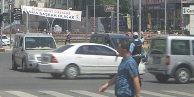 Diyarbakır'da dikkat çeken 'Erdoğan' pankartı