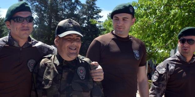 Diyarbakır'da engelli gençler bir günlüğüne özel harekatçı oldu