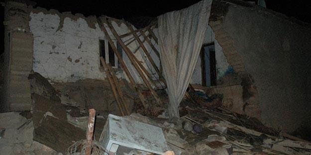 Diyarbakır'da ev çöktü iki kız kardeş yaşamını kaybetti