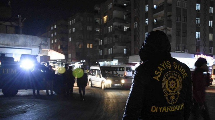 Diyarbakır'da hava destekli asayiş uygulaması