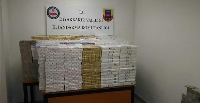 Diyarbakır'da kargo şirketinde kaçak sigaraya 5 kişi gözaltında