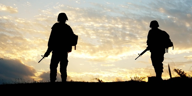 Diyarbakır'da patlayıcı imhası sırasında 1 asker yaralandı