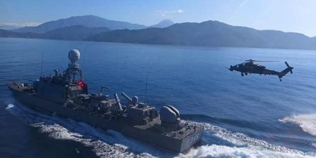 Doğu Akdeniz'de dikkat çeken görüntü! ATAK helikopteri de katıldı