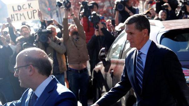 Donald Trump: Flynn'i yalan söylediği için görevden aldım