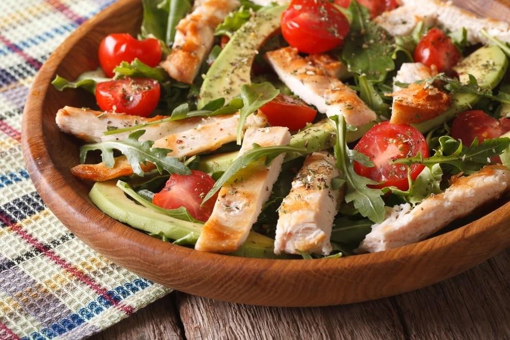 Doyuruculuğu yüksek etli karışık salata
