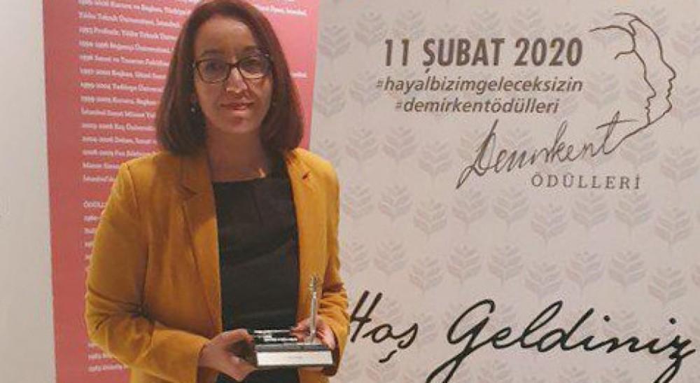 """DPÜ'lü Doç. Dr. Gülsüm Polat'a """"Demirkent Ödülü"""""""