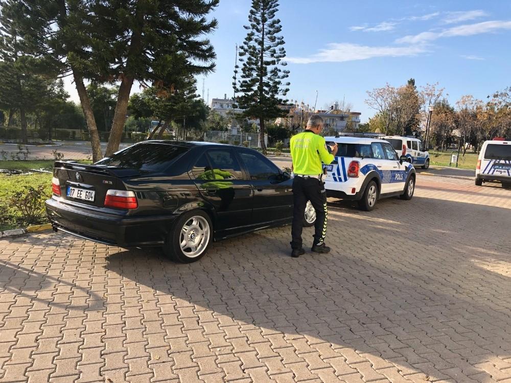 Drift yapan sürücüye ehliyet, araç, para ve psikolog cezası