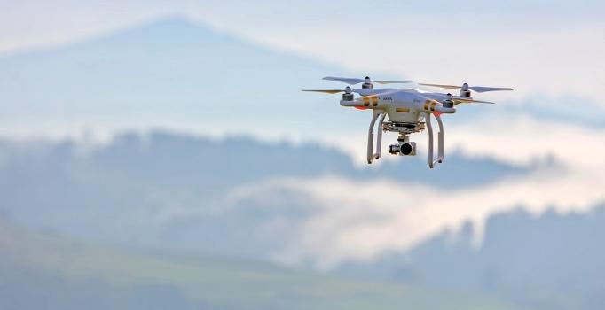 Drone destekli trafik kontrolü