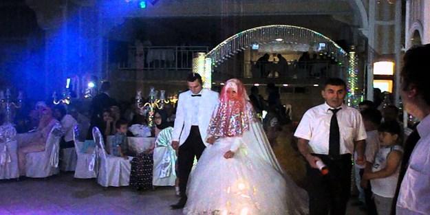 Düğün, nikah, kına, nişan gibi toplu törenler yeniden yasaklanacak mı?