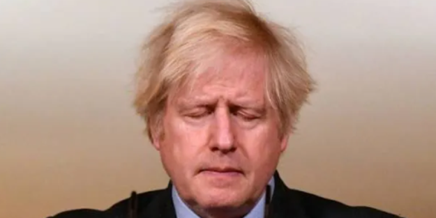 Dünya Boris Johnson'ın sözlerini konuşuyor! Başını öne eğdi, gözlerini kapattı ve açıkladı