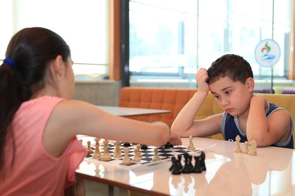 Dünya çapında satranç sporcuları yetiştirilecek