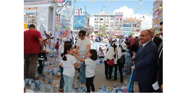 Dünya Çevre Günü Etkinliği Ümraniye Meydanı'nda kutlando