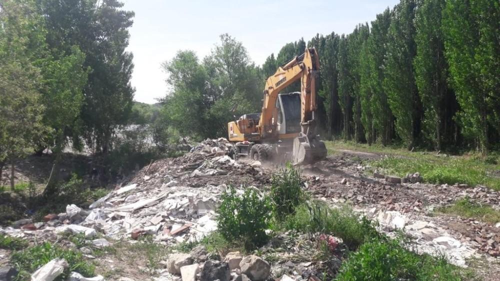 Dünya Kültür Mirası Listesinde bulunan Hevsel Bahçelerinde hafriyat döküldüğü iddiası