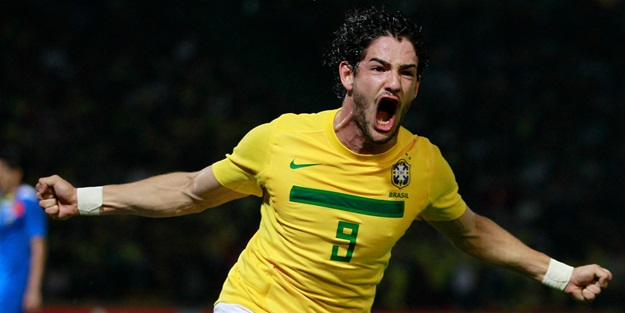 Dünyaca ünlü oyuncudan Pato'ya çağrı: Sivasspor'a git