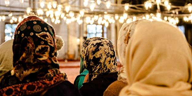 Dünyanın ilk kadınlara özel camisi açıldı