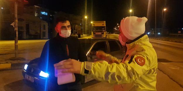 'Dur' ihtarına uymayan ehliyetsiz sürücü Karabük'te yakalandı