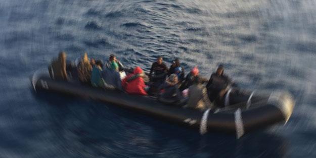 Durdurulan lastik botlarda onlarca Suriyeli yakalandı