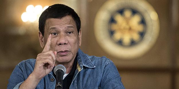 Duterte'ye dokunmak resmen yasaklandı