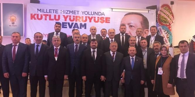 Giresun AK Parti Teşkilatı'nda 8 ilçe başkanı değişti