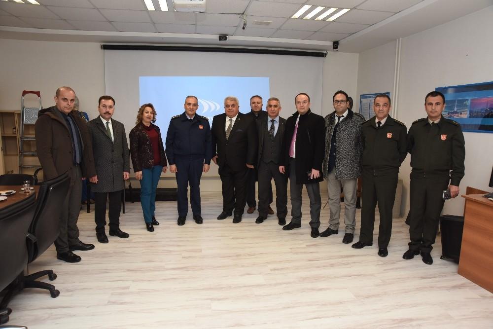 EBSO, savunma sanayicileri ile TSK'yı buluşturdu