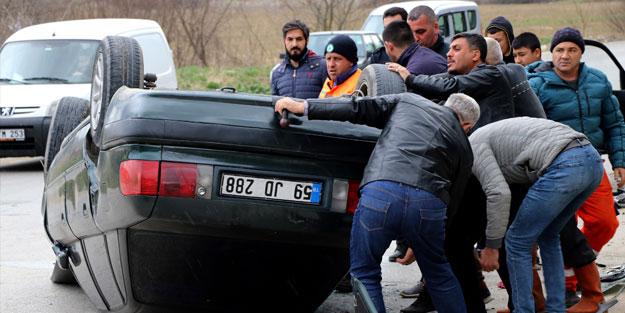Edirne'de iki otomobil çarpıştı: 4 yaralı