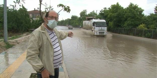 Edirne'de yağmur sonrası yollar göle dönünce vatandaş böyle isyan etti: