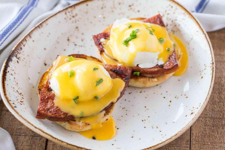 Eggs Royal yemeği nasıl yapılır? Eggs Royal tarifi