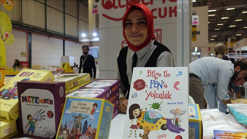 Eğitimci yazar Meryem Taşçı 10 yılada 60 kitap