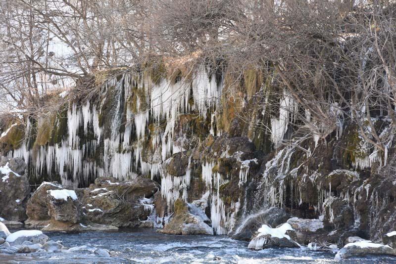 Eksi 17 derece olunca şelaleler bile buz tuttu