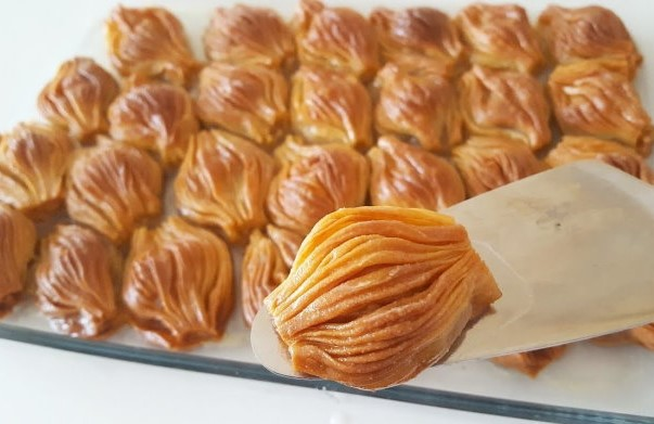 El açması mekik tatlısı nasıl yapılır? Lokmalık şerbetli tatlı tarifi