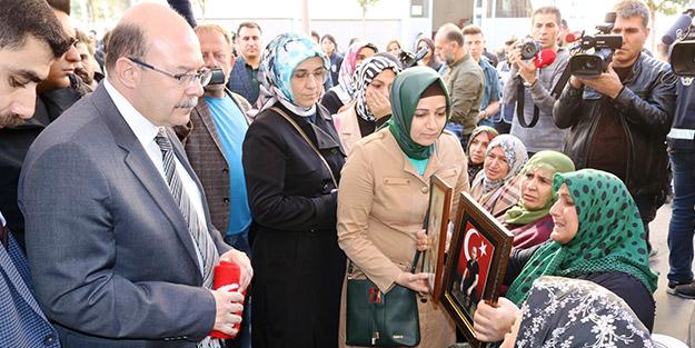El emeği, göz nuru! Diyarbakır annelerinden Başkan Erdoğan'a sürpriz hediye