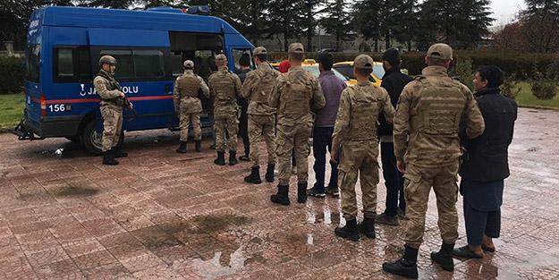 Elazığ'da Afganistan ve Mısır uyruklu 8 kişi yakalandı
