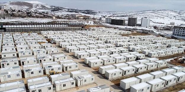 Elazığ'da konteyner kent kurulum çalışmaları sürüyor