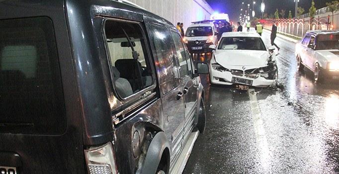 Elazığ'da zincirleme kaza: 1 kişi yaralı