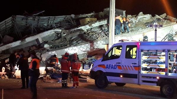 Elazığ'daki depremin ardından önemli uyarı: Yalnız gezmesinler!