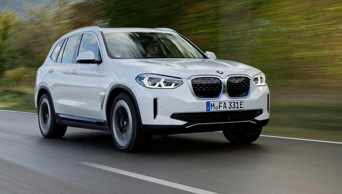 Elektrikli Yeni BMW iX3 ön siparişe açıldı