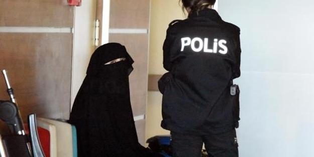 Emine Şahin'in 'Atatürk ilah değildir' dediği için tutuklanmasına sevinenler bu dizeleri çok seviyor!